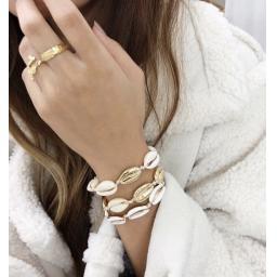 Quadruple gold Shell friendship bracelet