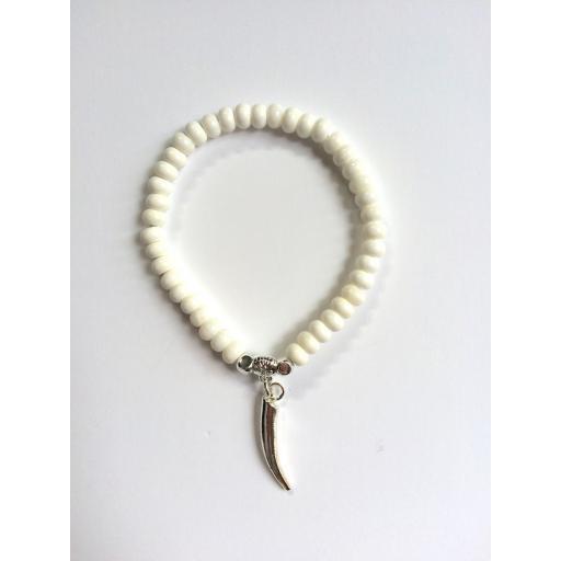 Mini silver horn